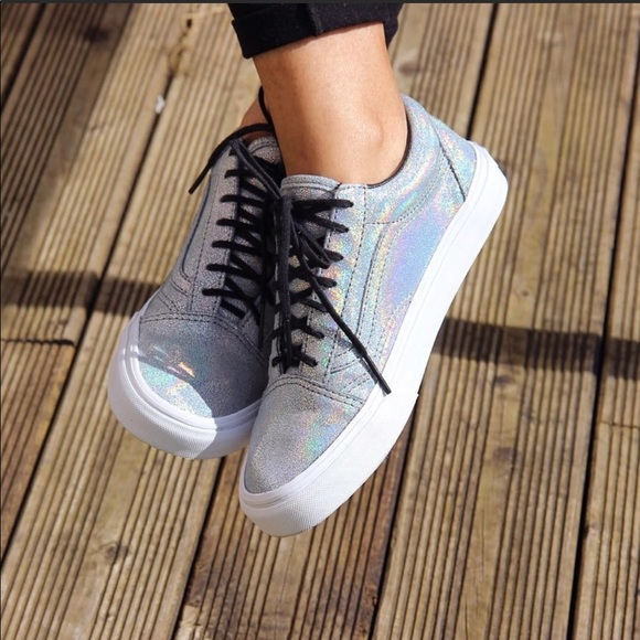 7c64ae2c36 Vans Holographic hologram Silver Sneakers. M 5a9ed47c85e605d53942c93c